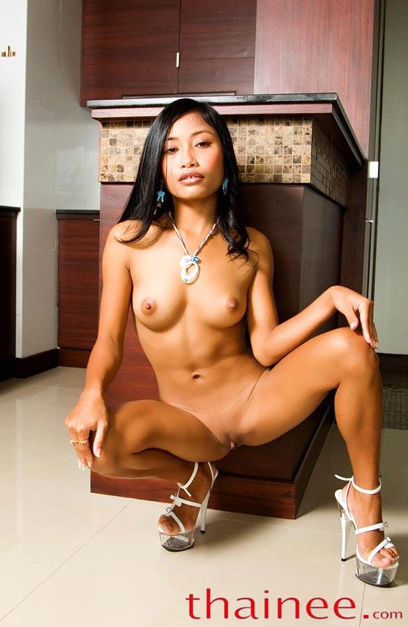 pornstar and bøsse escort thai escort review